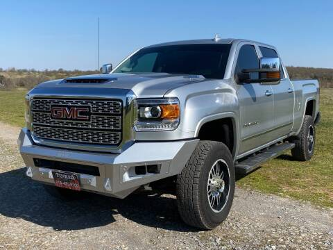 2018 GMC Sierra 2500HD for sale at TINKER MOTOR COMPANY in Indianola OK