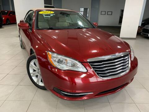 2011 Chrysler 200 Convertible for sale at Auto Mall of Springfield north in Springfield IL
