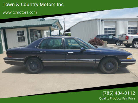 1996 Buick Park Avenue for sale at Town & Country Motors Inc. in Meriden KS