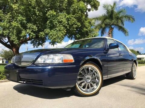 2007 Lincoln Town Car for sale at DS Motors in Boca Raton FL