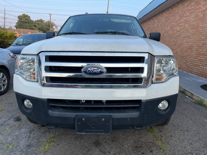 2011 Ford Expedition for sale at Blue Star Cars in Jamesburg NJ
