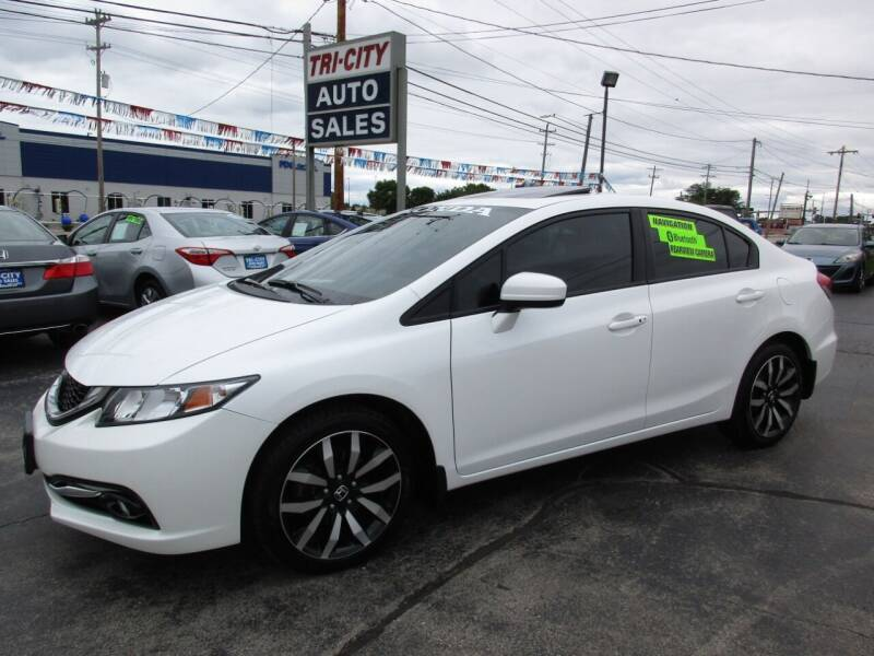 2015 Honda Civic for sale at TRI CITY AUTO SALES LLC in Menasha WI