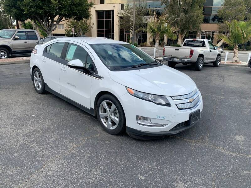 2015 Chevrolet Volt for sale at In-House Auto Finance in Hawthorne CA