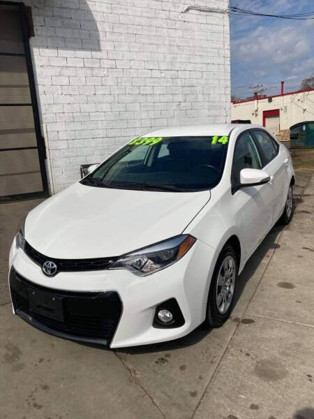 2014 Toyota Corolla for sale at Square Business Automotive in Milwaukee WI