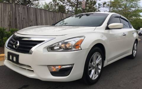 2014 Nissan Altima for sale at Super Bee Auto in Chantilly VA