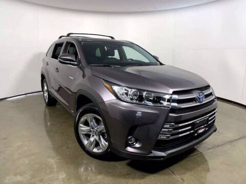 2019 Toyota Highlander Hybrid for sale at Smart Motors in Madison WI
