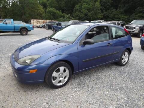 2004 Ford Focus for sale at Country Side Auto Sales in East Berlin PA