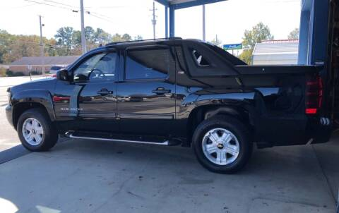 2009 Chevrolet Avalanche for sale at Mac's Auto Sales in Camden SC