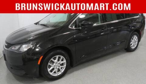 2017 Chrysler Pacifica for sale at Brunswick Auto Mart in Brunswick OH
