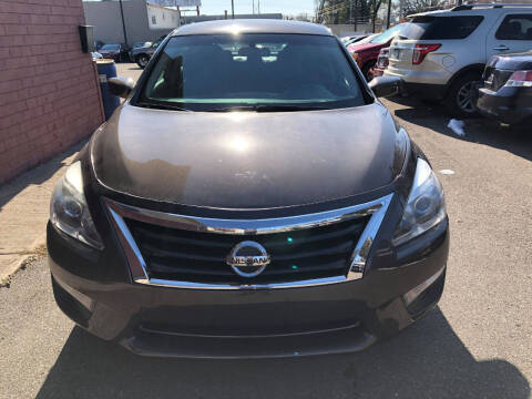 2014 Nissan Altima for sale at Nice Cars Auto Inc in Minneapolis MN