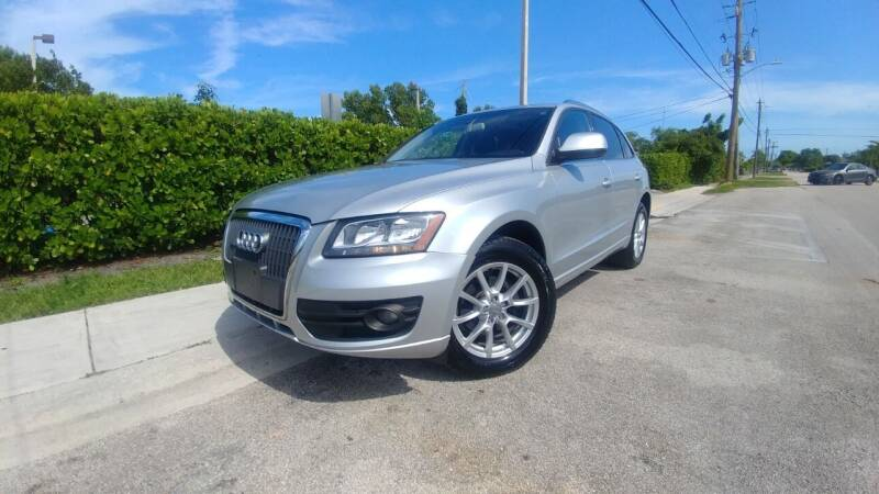2012 Audi Q5 for sale at Easy Finance Motors in West Park FL