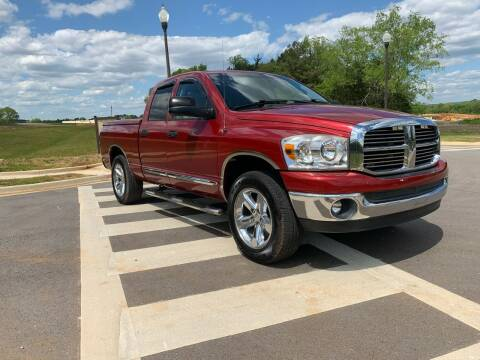 2008 Dodge Ram Pickup 1500 for sale at Tennessee Valley Wholesale Autos LLC in Huntsville AL