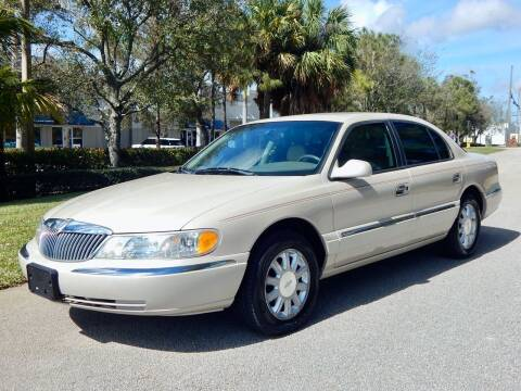 2000 Lincoln Continental for sale at VE Auto Gallery LLC in Lake Park FL
