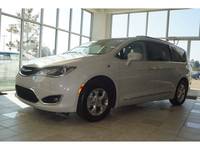 2020 Chrysler Pacifica Hybrid for sale at BLACKBURN MOTOR CO in Vicksburg MS
