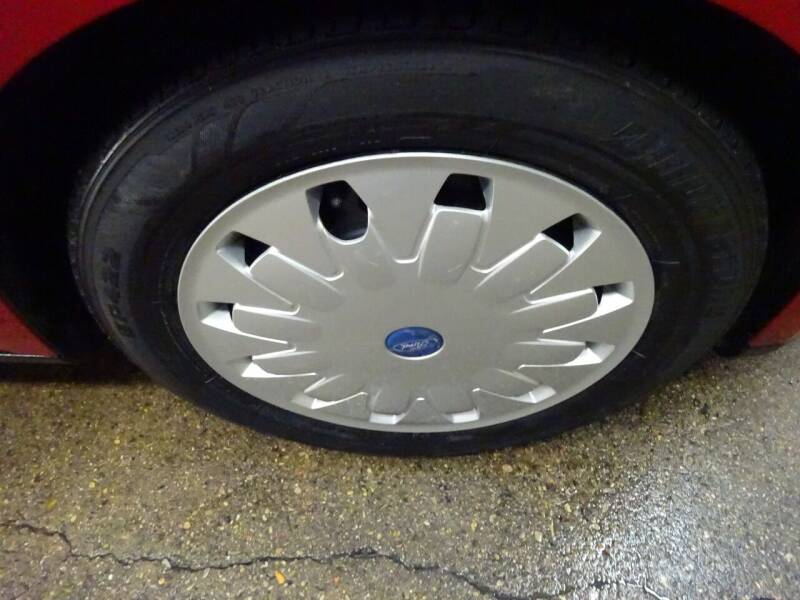 2012 Ford Focus SE 4dr Sedan - West Allis WI