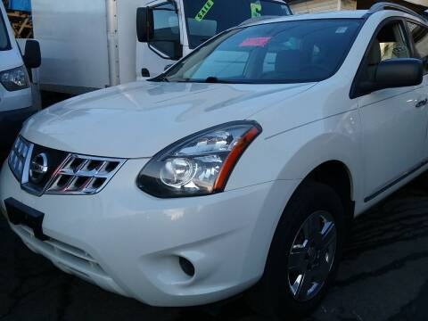 2014 Nissan Rogue Select for sale at Drive Deleon in Yonkers NY