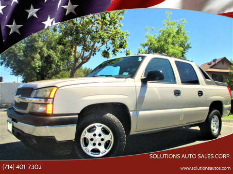 2006 Chevrolet Avalanche for sale at Solutions Auto Sales Corp. in Orange CA