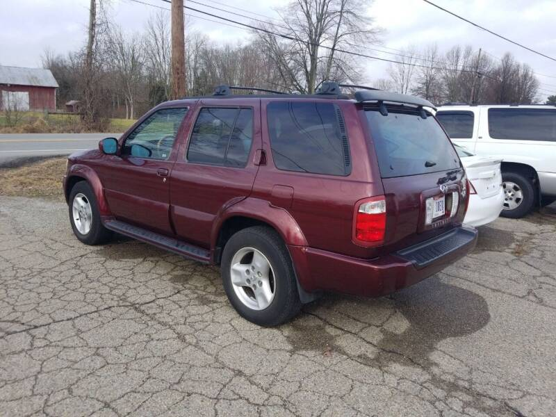 2002 Infiniti QX4 for sale at David Shiveley in Mount Orab OH