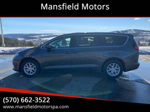 2017 Chrysler Pacifica for sale at Mansfield Motors in Mansfield PA