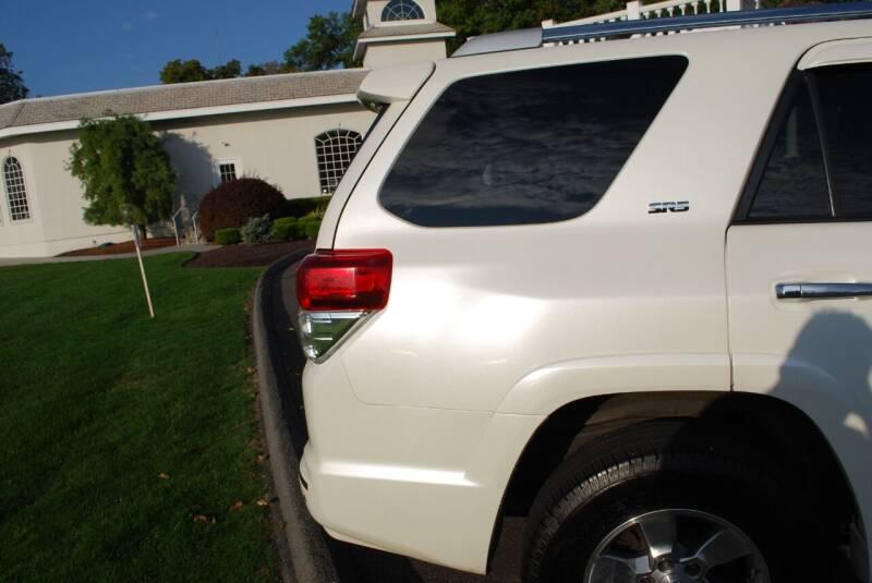 2011 Toyota 4Runner 4x4 SR5 4dr SUV - New Milford CT