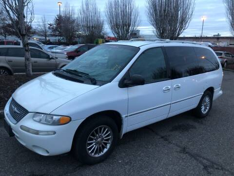 2000 Chrysler Town and Country for sale at Blue Line Auto Group in Portland OR