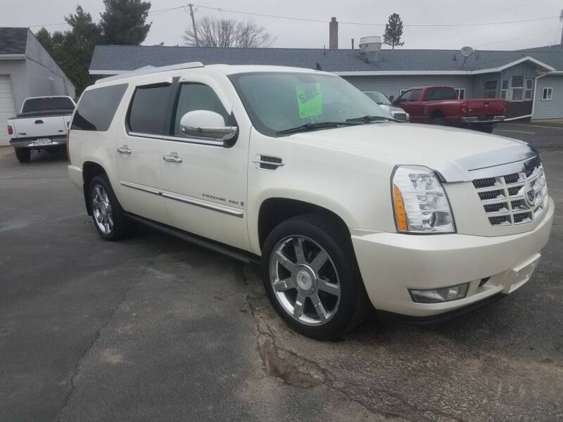 2008 Cadillac Escalade ESV for sale at D AND D AUTO SALES AND REPAIR in Marion WI