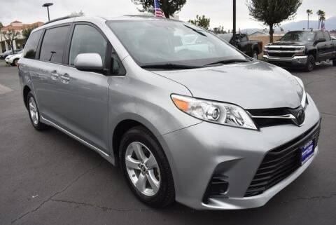 2020 Toyota Sienna for sale at DIAMOND VALLEY HONDA in Hemet CA