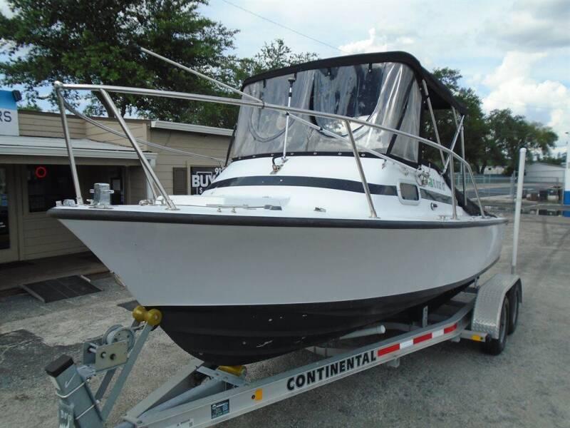 1967 Bertram Boat B 20 Boat for sale at New Gen Motors in Lakeland FL