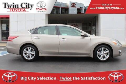 2013 Nissan Altima for sale at Twin City Toyota in Herculaneum MO