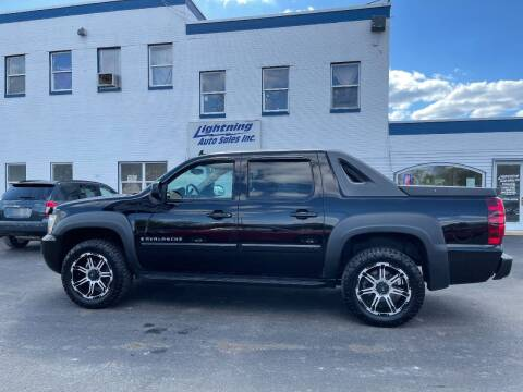 2007 Chevrolet Avalanche for sale at Lightning Auto Sales in Springfield IL