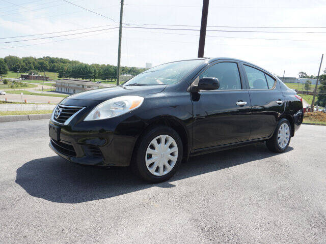 2013 Nissan Versa for sale at CHAPARRAL USED CARS in Piney Flats TN