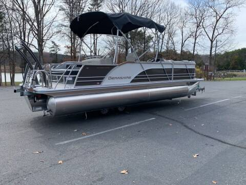 2020 Berkshire 23SB2PCSTS 3.0 for sale at Performance Boats in Spotsylvania VA
