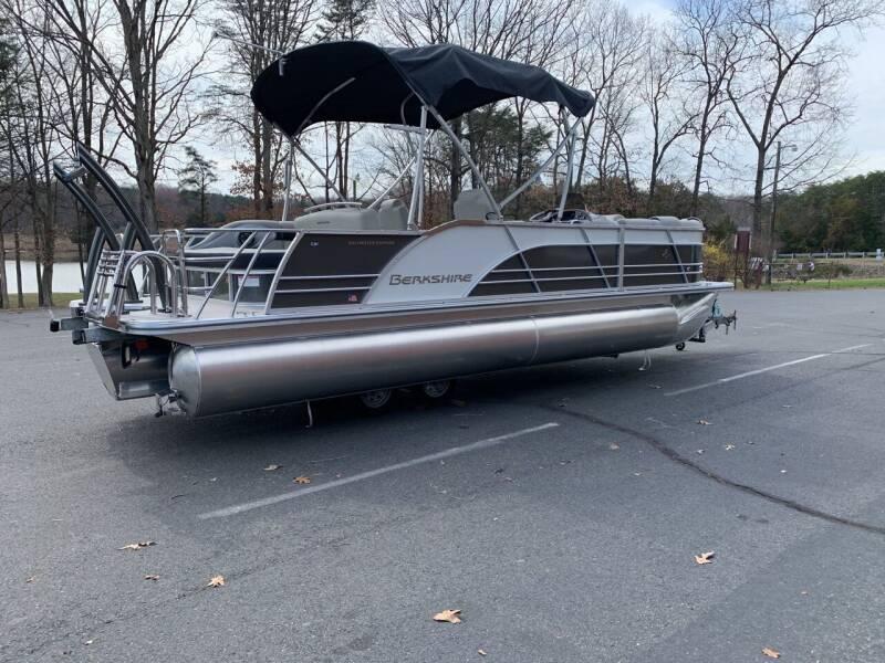 2020 Berkshire 23SB2PCSTS 3.0 for sale at Performance Boats in Spotsylvania VA
