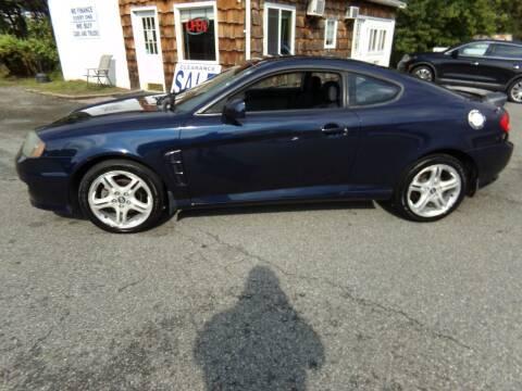 2005 Hyundai Tiburon for sale at Trade Zone Auto Sales in Hampton NJ