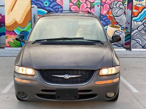 1999 Chrysler Town and Country for sale at Delta Auto Alliance in Houston TX