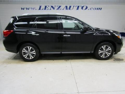 2019 Nissan Pathfinder for sale at LENZ TRUCK CENTER in Fond Du Lac WI