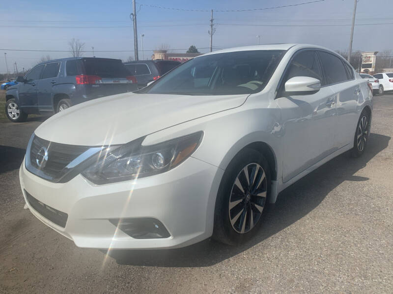 2016 Nissan Altima for sale at Safeway Auto Sales in Horn Lake MS