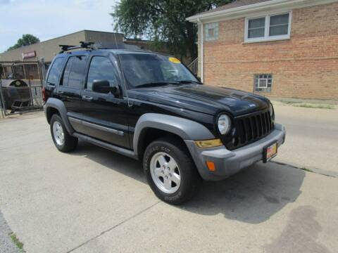 2005 Jeep Liberty for sale at RON'S AUTO SALES INC - MAYWOOD in Maywood IL
