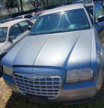 2006 Chrysler 300 for sale at Ody's Autos in Houston TX
