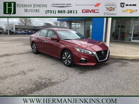 2020 Nissan Altima for sale at Herman Jenkins Used Cars in Union City TN
