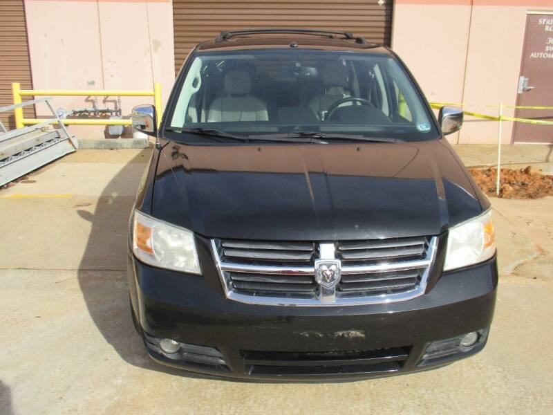 2008 Dodge Grand Caravan for sale at BWC Automotive in Kennesaw GA
