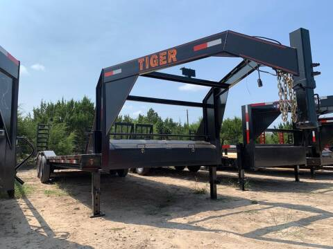 2021 TIGER  -102'' X 26' Drive Over Fende for sale at LJD Sales in Lampasas TX