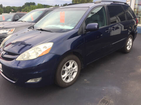 2006 Toyota Sienna for sale at Flambeau Auto Expo in Ladysmith WI