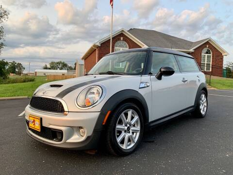 2011 MINI Cooper Clubman for sale at HillView Motors in Shepherdsville KY