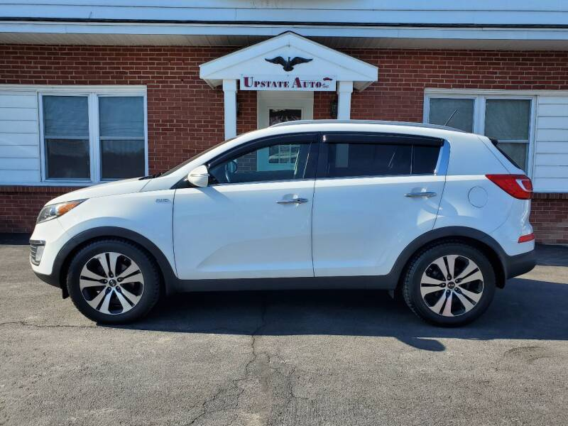2013 Kia Sportage for sale at UPSTATE AUTO INC in Germantown NY