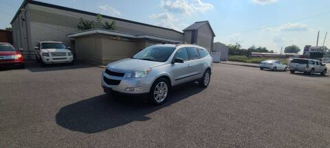 2011 Chevrolet Traverse for sale at CHILI MOTORS in Mayfield KY