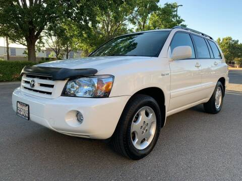 2004 Toyota Highlander for sale at 707 Motors in Fairfield CA
