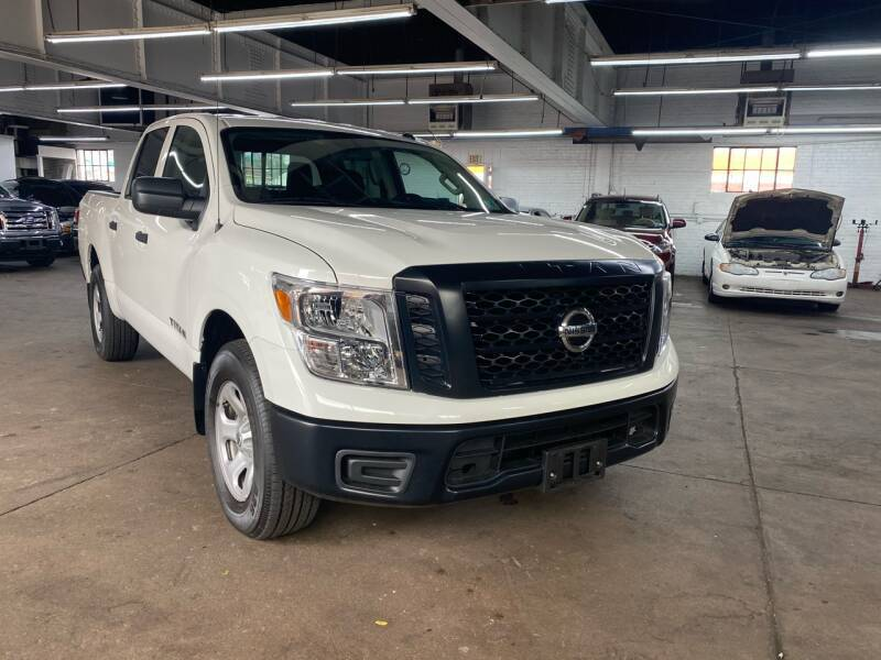 2019 Nissan Titan for sale at John Warne Motors in Canonsburg PA