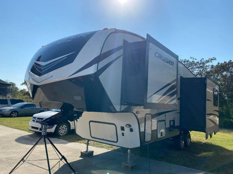 2018 Crossroads Cruiser Aire for sale at Autoway Auto Center in Sevierville TN