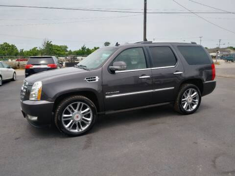 2011 Cadillac Escalade for sale at Big Boys Auto Sales in Russellville KY